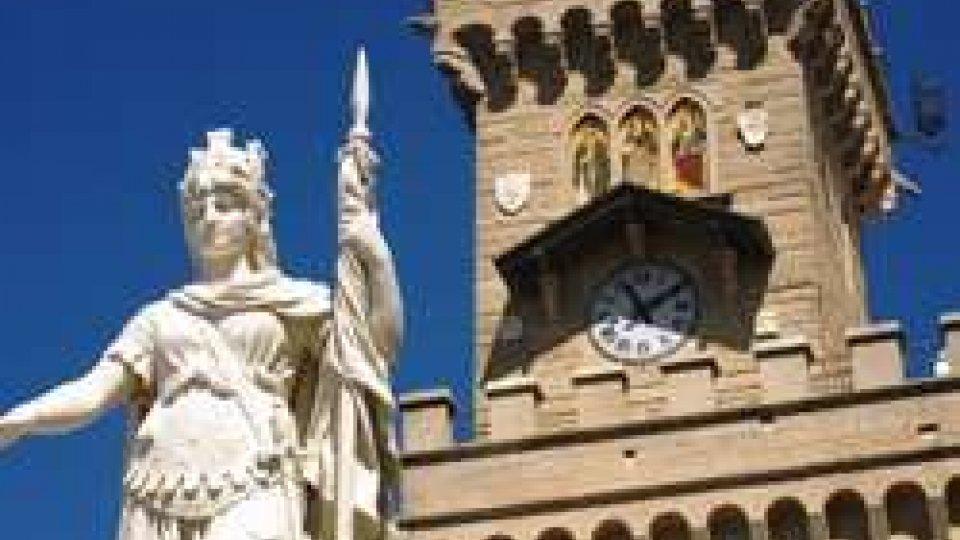 Statua della LibertàLa maggioranza agli avvocati: grave il rifiuto nei confronti della Reggenza