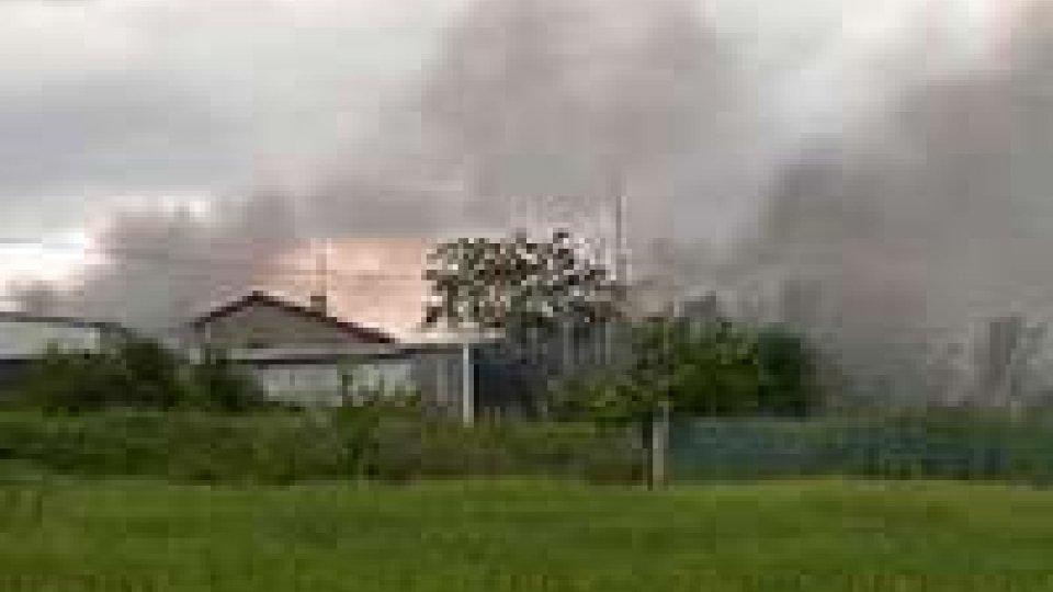 """Incendio Galazzano: AASP, """"rischio eternit relativo""""Rischio eternit minimo a Galazzano"""
