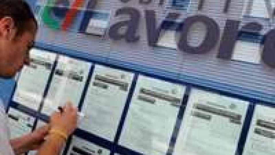 Nuovo record disoccupazione: maggio al 12,2%