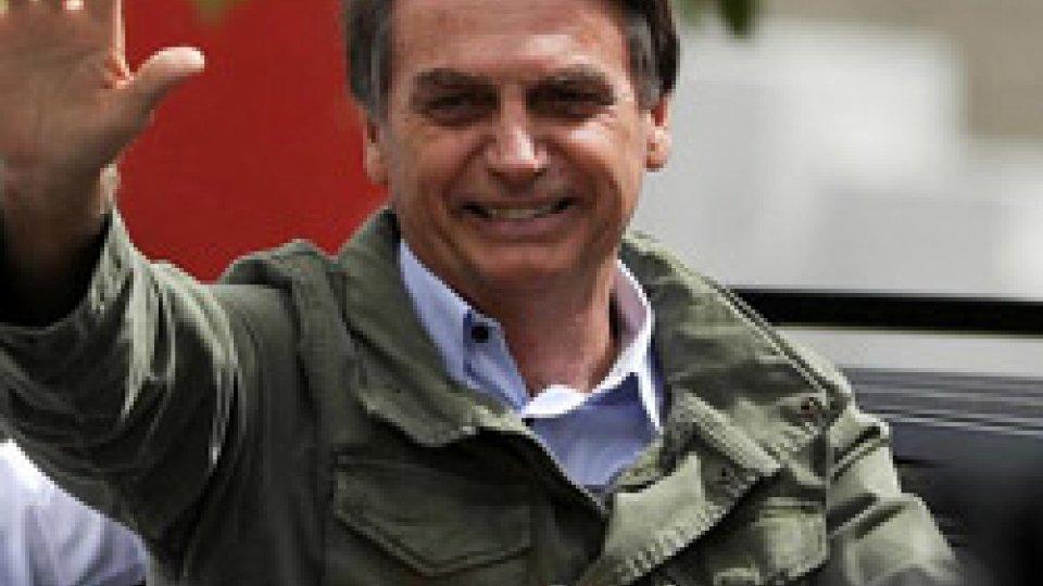 Jair BolsonaroBrasile: Bolsonaro nuovo presidente, rottura col passato sulla scia dei cambiamenti in altri Paesi