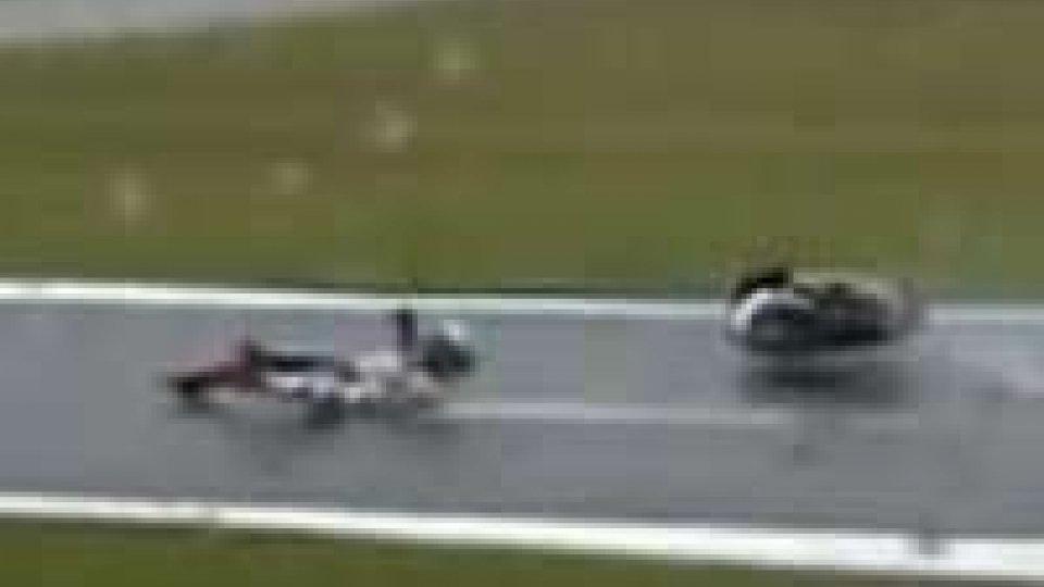 Moto Gp: Lorenzo cade, clavicola fratturata