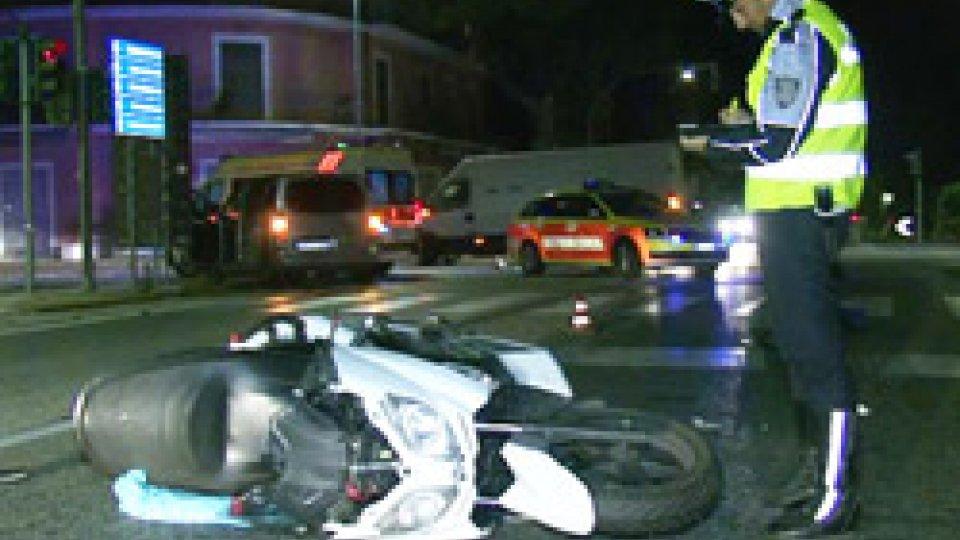 Incidente auto-scooter sulla MarecchieseIncidente auto-scooter sulla Marecchiese: guidatore positivo all'alcoltest [VIDEO]