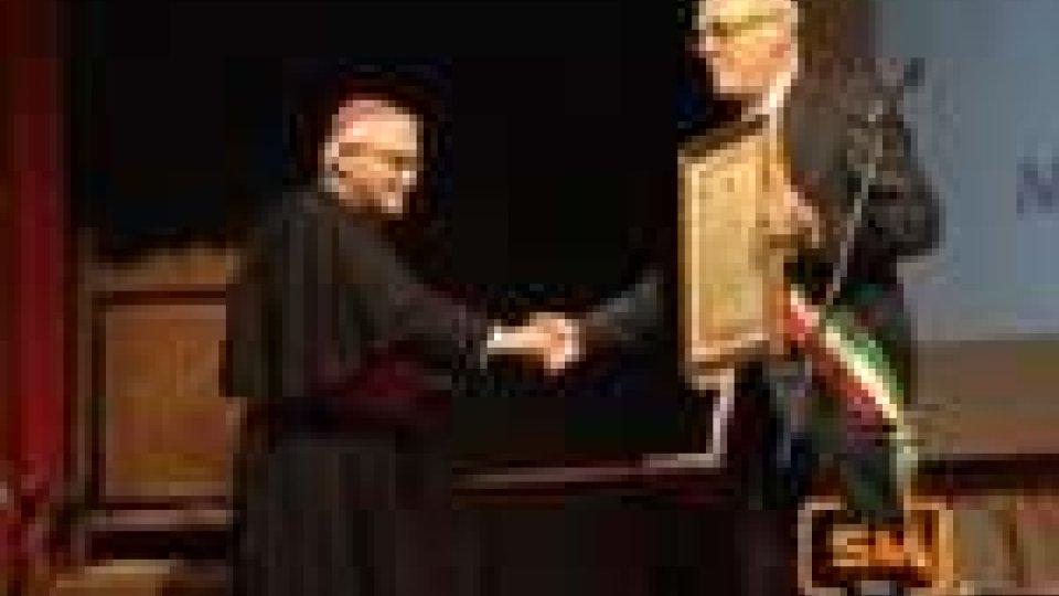 Consiglio comunale straordinario a Pennabilli per il conferimento della cittadinanza onoraria al Vescovo Luigi NegriConsiglio comunale straordinario a Pennabilli per il conferimento della cittadinanza onoraria al Vescovo Luigi Negri