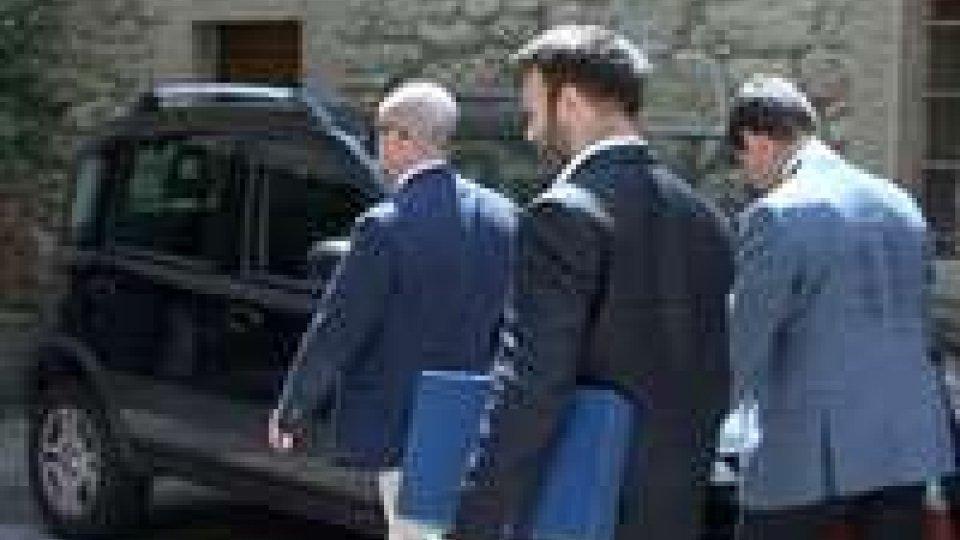 Arresto Podeschi: interrogatorio dell'ex segretario di Stato ripreso alle 11