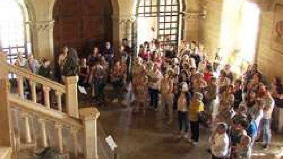 Visita a Palazzo e cisterne