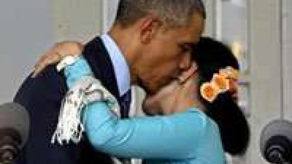 Obama in Birmania incontra San Suu Kyi: 'Il voto sia libero'
