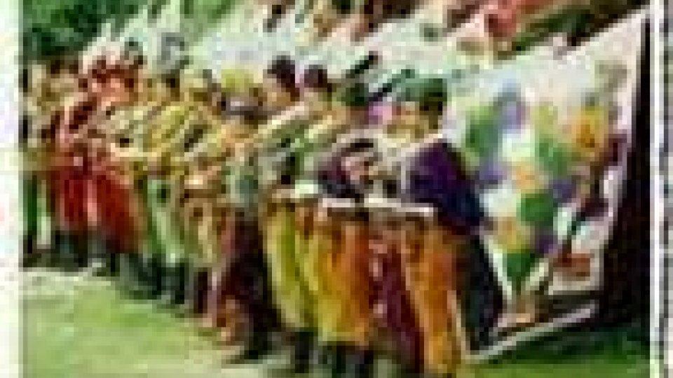 50 della Federazione Balestrieri: sfilata in costume