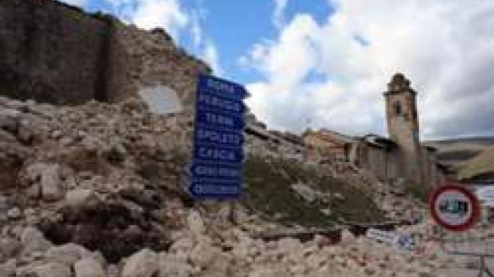 Terremoto: nuova forte scossa nella notte. Magnitudo 4.8 in provincia di Macerata