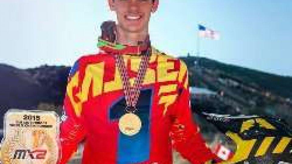 Gajser campione del mondoMotocross, l'esordiente Gajser è campione del mondo. In MX2 titolo a Herlings