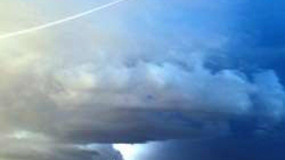 """Allerta """"gialla"""" per temporali e vento"""