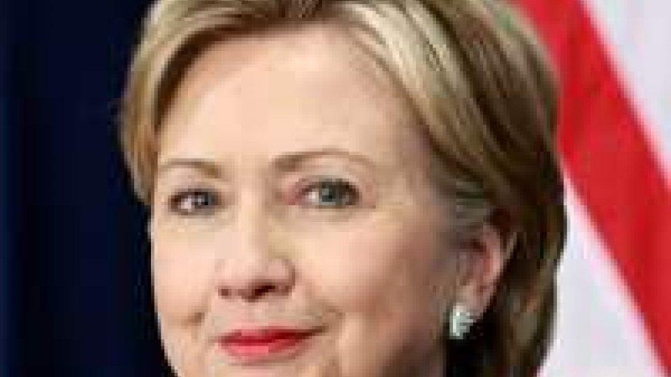 Hillary Clinton super-impegnata, aumentano rumors sul 2016