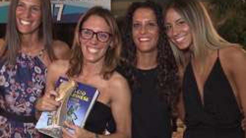La premiazione di Fulvia DulbeccoCalcio femminile: ripescate in serie B 4 squadre, tra le quali il Riccione