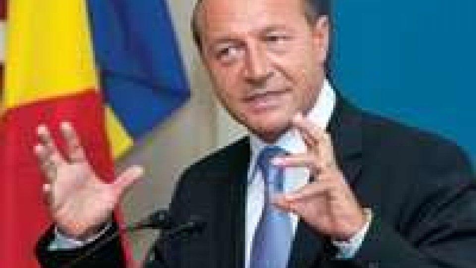 Romania: scontri sul referendum di destituzione di Basescu