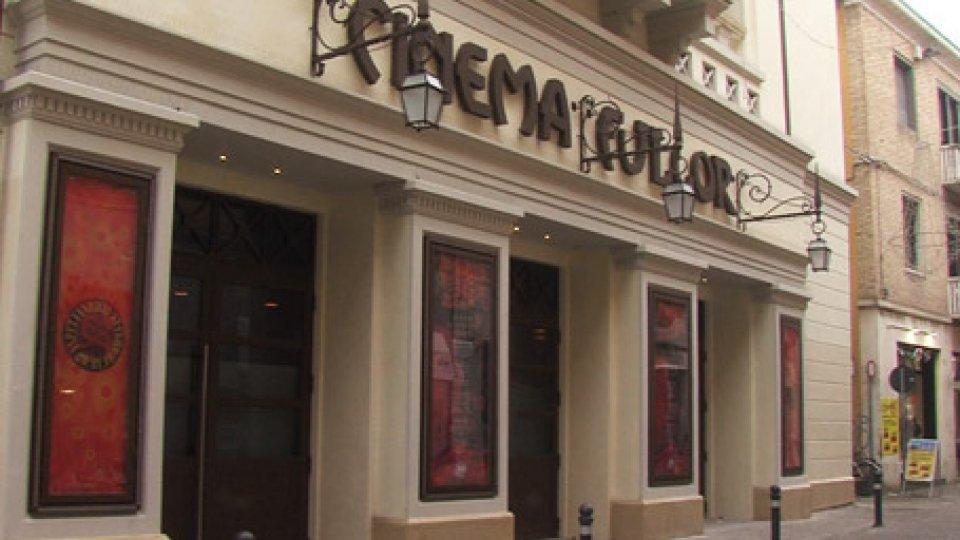Cinema FulgorRimini: molotov contro un bar in centro. Arrestato l'autore