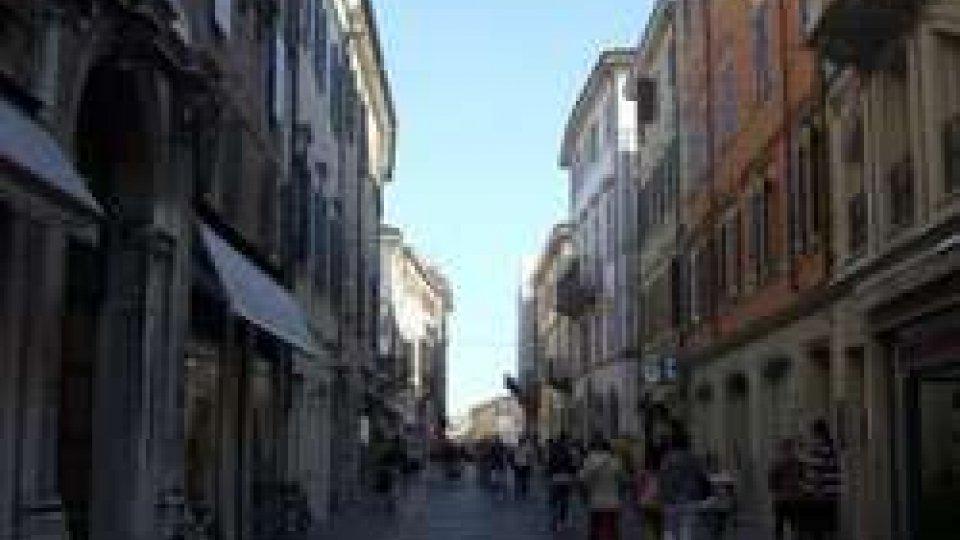 Uomo di 43 anni ferito da coltellata in una rissa in centro a Rimini