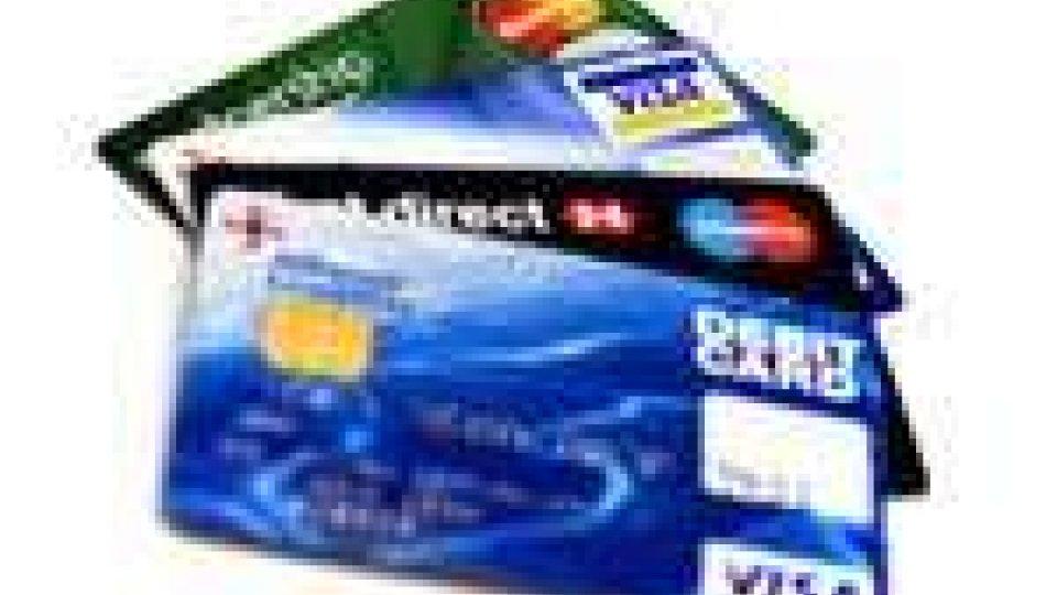 In vacanza con meno contanti ma con la carta di credito