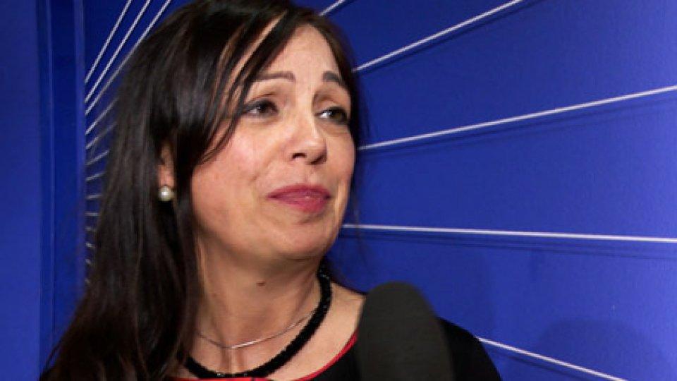 """Il Segretario Eva GuidiCarisp, Eva Guidi: """" disponibilità dei dipendenti a tagliare gli stipendi fino al 20%"""""""