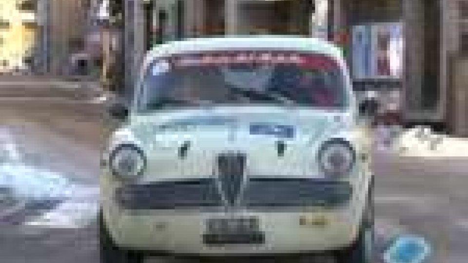 San Marino - Raduno natalizio d'auto d'epocaRaduno natalizio d'auto d'epoca