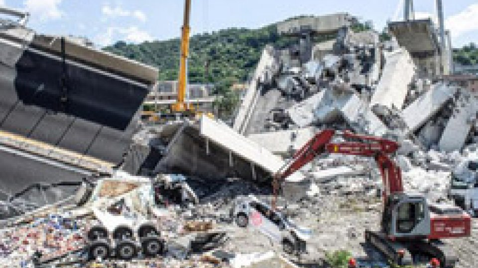 Crollo del Ponte Morandi. Foto ansa