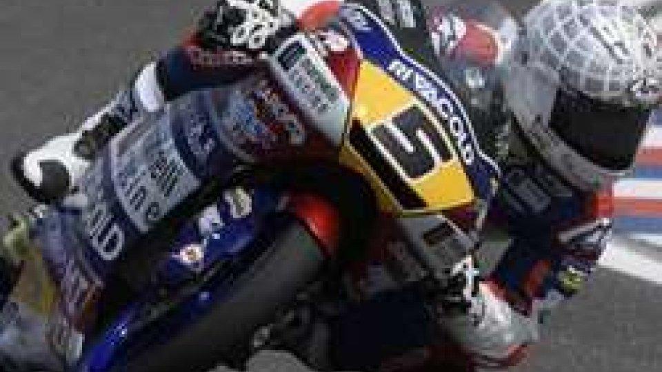 Moto3: Fenati torna alla vittoria