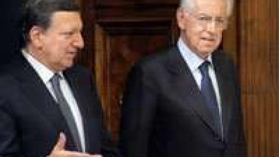 """L'Europa è sorpresa dalla crisi, Berlusconi: """"No a ingerenze"""""""