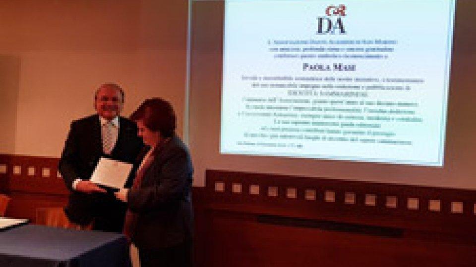 """Presentato l'annuario """"Identità sammarinese"""": riconoscimento a Paola Masi"""