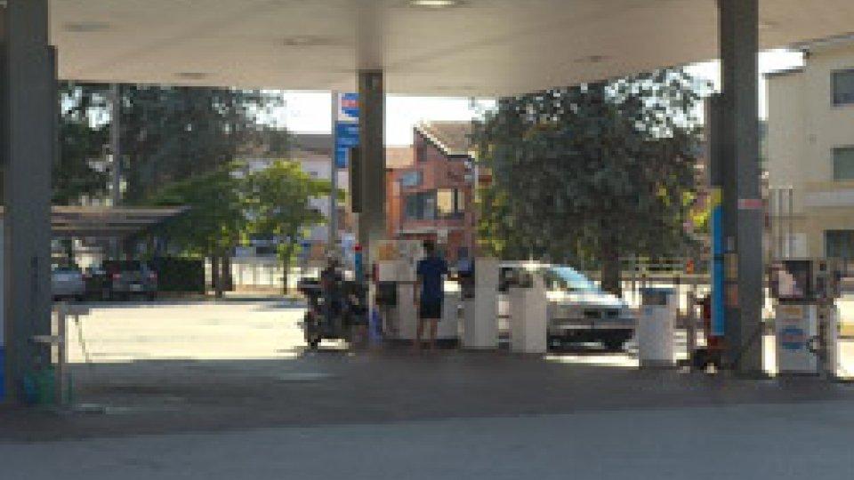 Impianto TamoilPolizia Civile arresta un cittadino bosniaco, con precedenti penali anche sul Titano