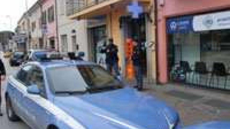 Rimini: rapina a mano armata in una parafarmacia del centro