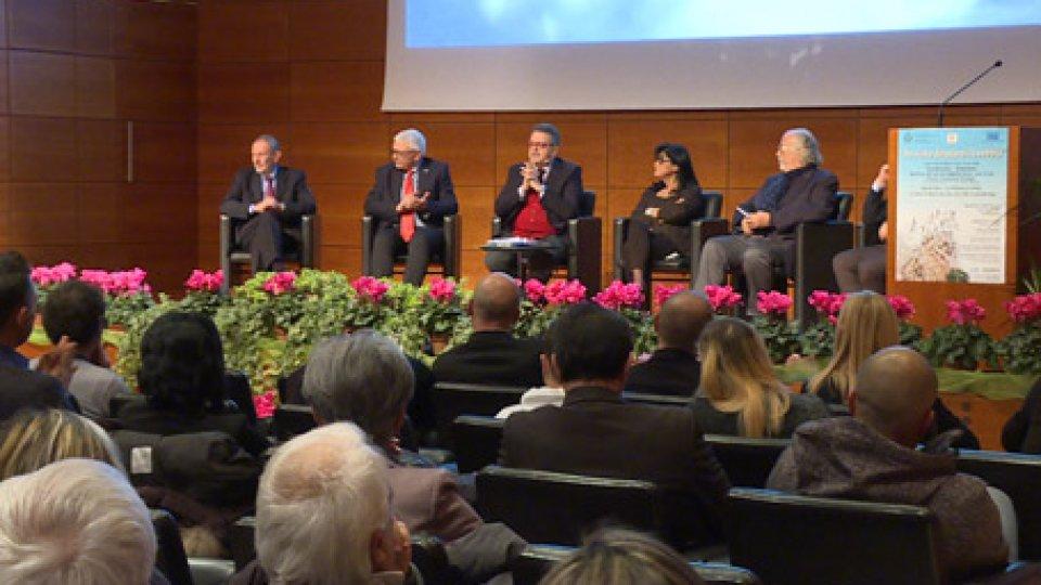 """Convegno Iss""""Ho visto diradarsi la nebbia"""": il dibattito per i 25 anni di lotta al dolore a San Marino"""