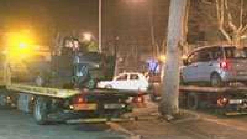 Rimini: 38enne coinvolto in brutto incidente non accetta di restare in ospedale