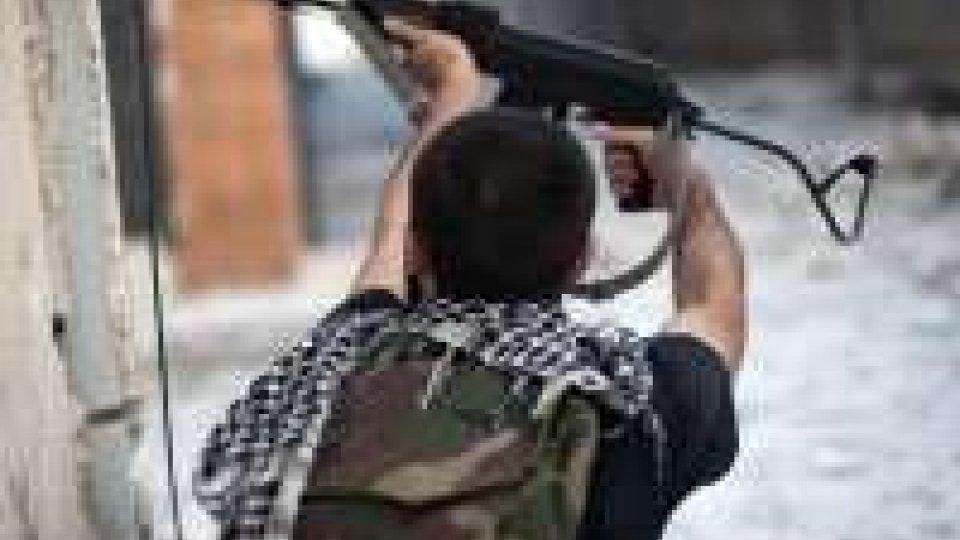Siria, 18 soldati morti in scontri con miliziani