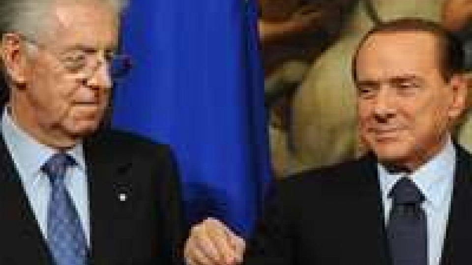 """Monti attacca: """"più tasse per irresponsabili"""". Berlusconi: """"ho pagato 300 mila euro di Imu"""""""