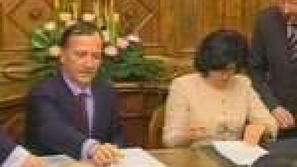 La firma di Frattini