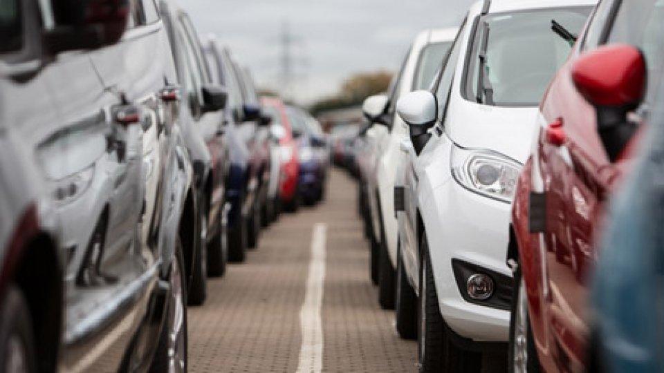 Frena il mercato dell'auto, troppe incertezze. Fca: -10,41% di immatricolazioni