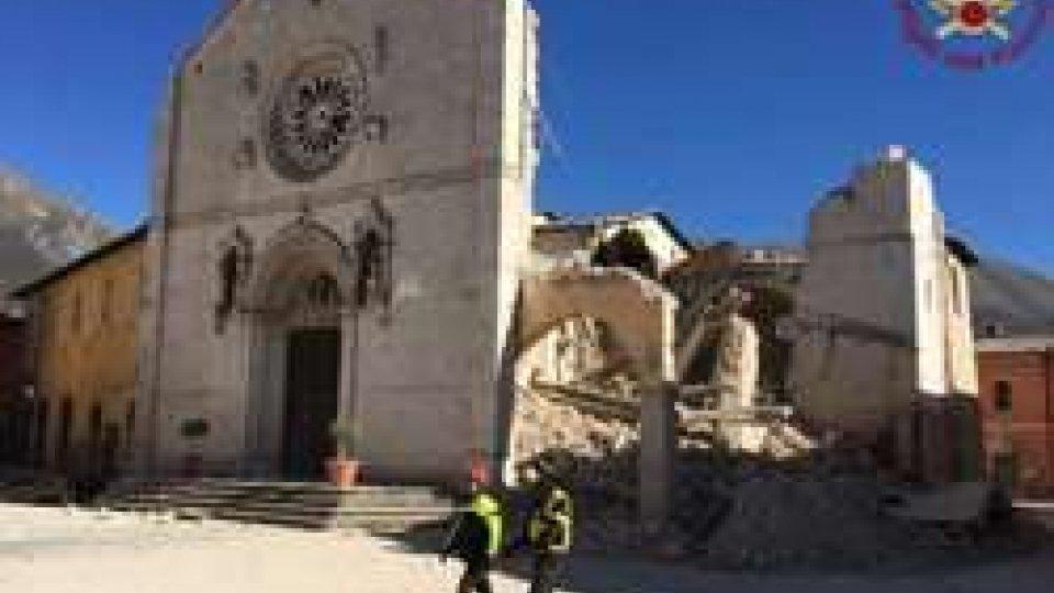 Cattedrale di NorciaTerremoto: le immagini dalle zone colpite nelle Marche