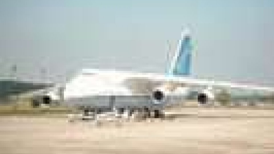 Antonov atterrato a Rimini