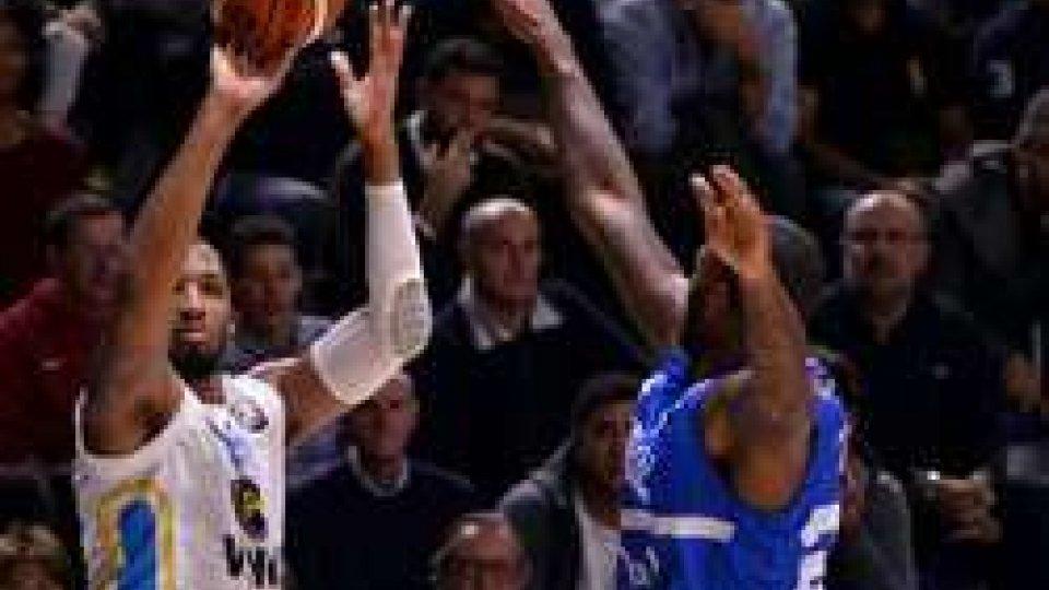 Basket, Serie A: Cremona si squaglia nel finale, esulta BrindisiBasket, Serie A: Cremona si squaglia nel finale, esulta Brindisi