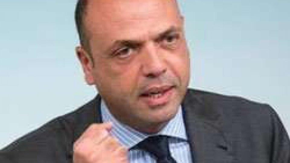Stragi Parigi, innalzate le misure di sicurezza italiane
