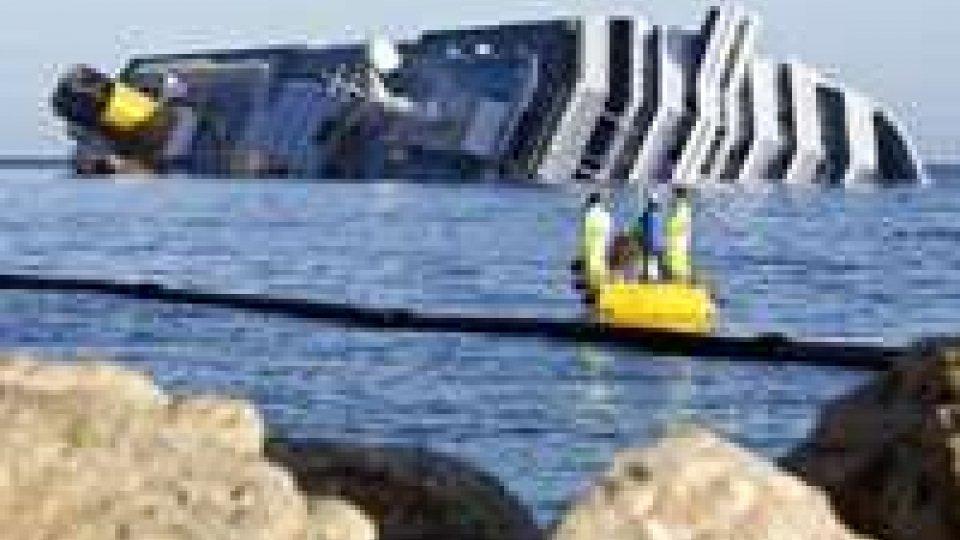 Costa Concordia: Greenpeace lancia l'allarme ambientale
