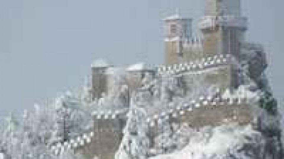 Gelo e neve in tutta la penisola, San Marino sotto zero