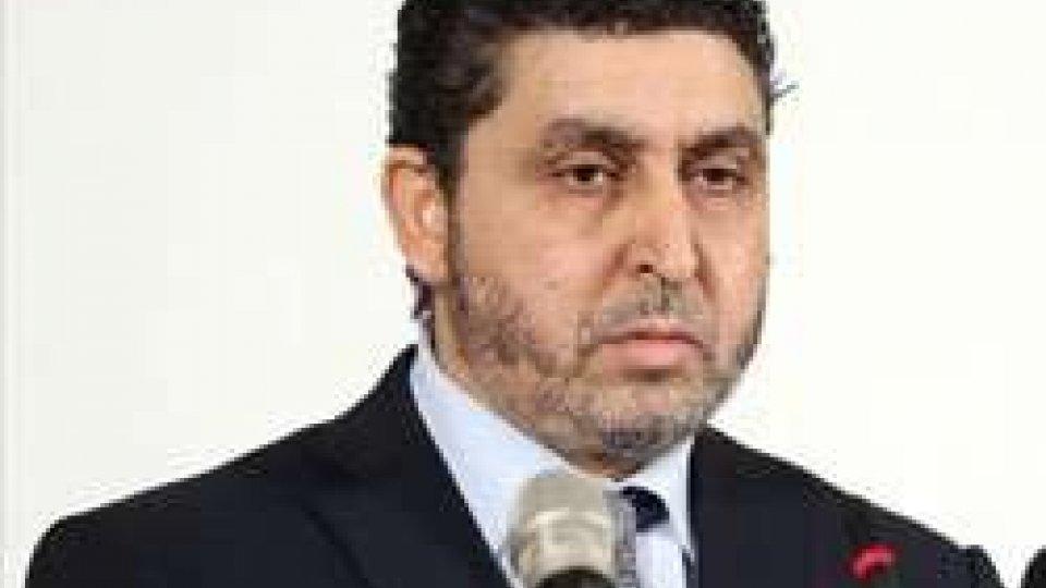 """Libia: il premier """"ribelle"""" Ghwell lascia Tripoli"""