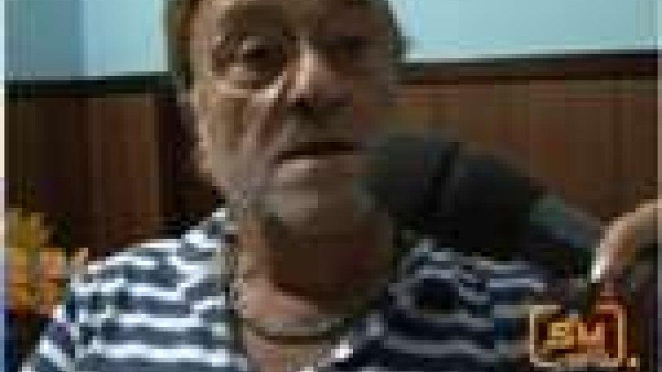 """Lucio Dalla a SMtv San Marino in occasione di """"Non se ne parla si canta""""Lucio Dalla ad ottobre a SMtv San Marino per """"Non se ne parla si canta"""""""