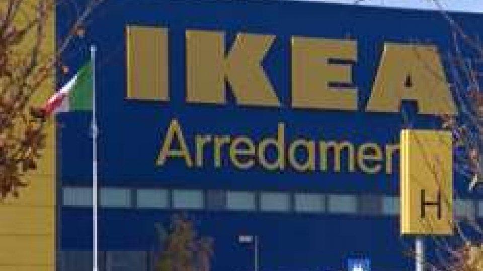 Ikea (@AdnKronos)Ikea: licenzia la dipendente con figlio disabile e si scatena la rabbia su web