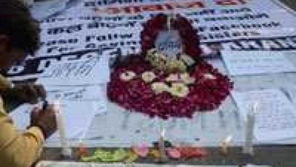 India: festeggiamenti sotto tono dopo stupro a New Delhi