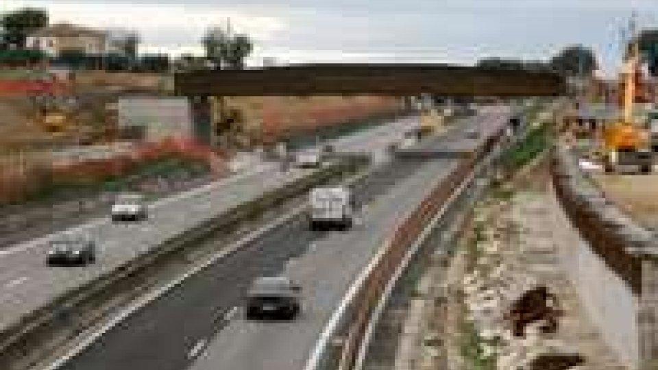 Terza corsia A14 ultimata, ma operai senza paga da agosto