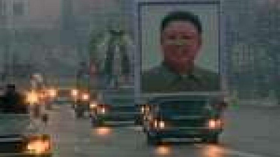 Corea del Nord, folla disperata per la morte di Kim Jong-il