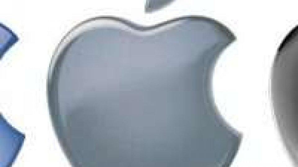 Apple: atteso primo calo utile in dieci anni