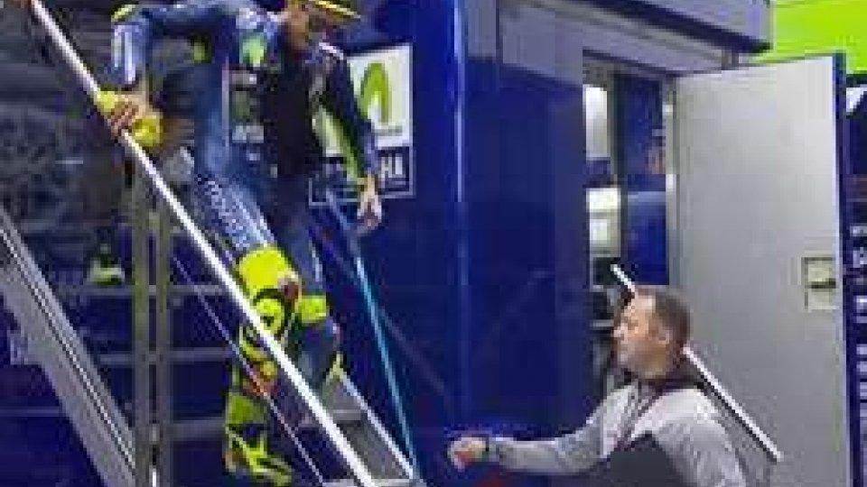 Rossi si prepara (ph @Crash_Motogp)