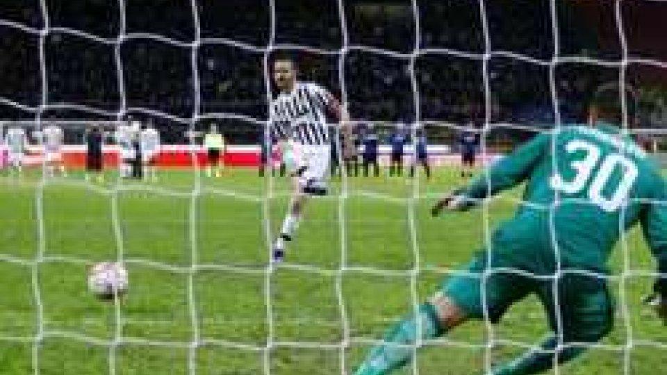 Il rigore decisivo di BonucciTim Cup: Inter - Juve 3-0, le interviste ai due tecnici