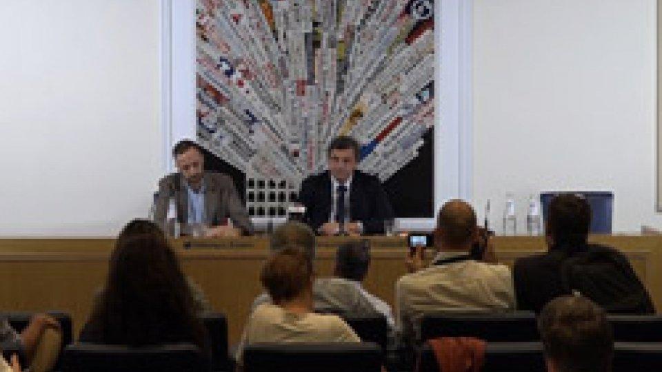 """Carlo CalendaCalenda: """"Questo governo sta solo facendo opposizione, ma noi siamo diventati arroganti"""""""